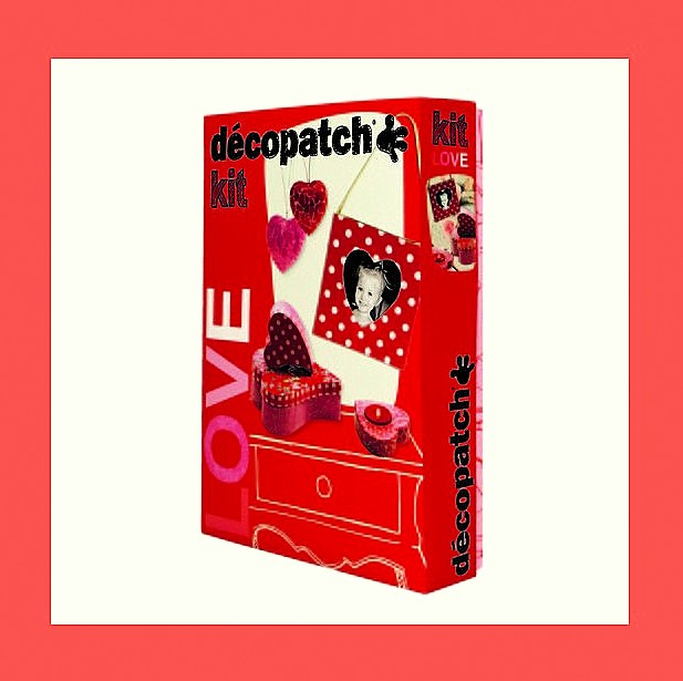 ZESTAW  DO DECOUPAGE LOVE KIT DECOPATCH